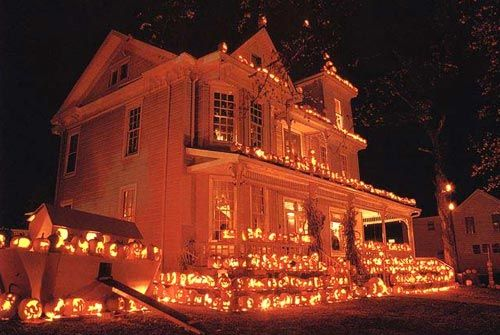 Whats Different Between Halloween In Scotland And The Usa Scotsusa