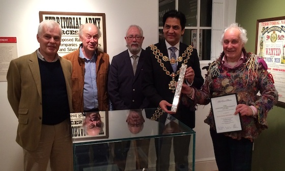 Dr. Appleby receiving his Award.  From left to right; Duncan Baird-Murray – Chairman, Hand Engravers Association Chris Rowley – Founder, Hand Engravers Association Alan Craxford – Vice Chairman, Hand Engravers Association, Councillor Shafique Shah – Lord Mayor of Birmingham, Malcolm Appleby MBE